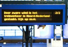5-Dec-2013 19:31 - TREINVERKEER WEER OP GANG. Blije gezichten op verschillende Nederlandse perrons. Het treinverkeer komt namelijk langzaam weer op gang, zo meldde een woordvoerder van de NS.
