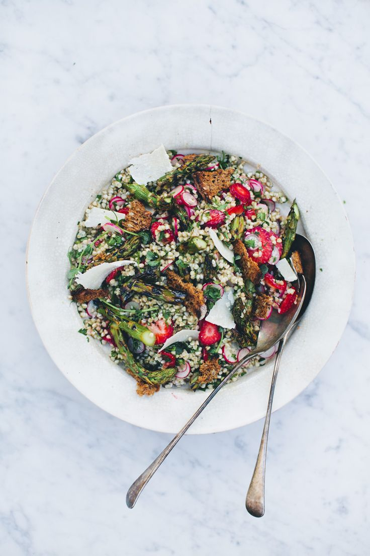 Spring buckwheat and asparagus salad | Green Kitchen Stories