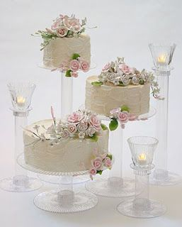 non tiered wedding cakes   ... diy cake instead of having a traditional wedding cake go for several