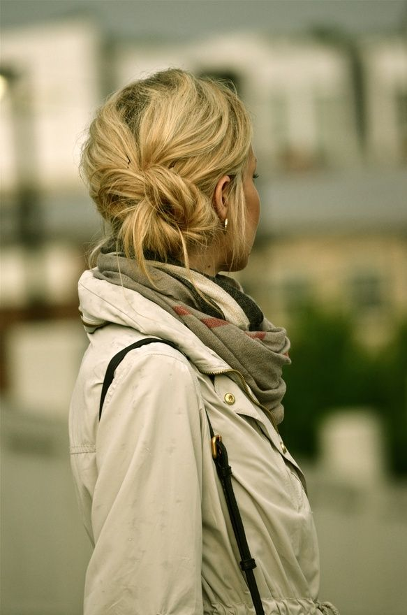 Messy Hair, Fall Style, Messy Side Buns, Jackets, Girls Hairstyles, Messy Buns, Hair Style, Fall Hair, Low Buns