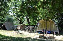 Camping vlakbij Nice, tussen zee en bergen. La Ferme Riola. 50 plaatsen. Provence, Frankrijk #camping #provence #frankrijk