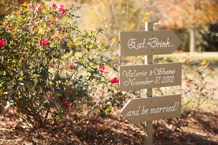128 best weddings images on pinterest farmhouse inn college of and james madison - Le petit jardin madison ga toulouse ...