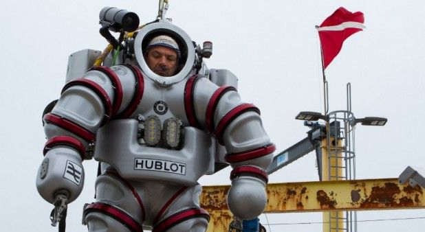 Nuevo traje de buzo permitirá que arqueólogos se sumerjan en las profundidades del Egeo