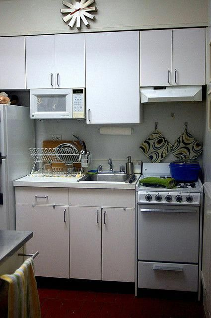 mostly white by smitten, via Flickr organize small kitchen a lot of