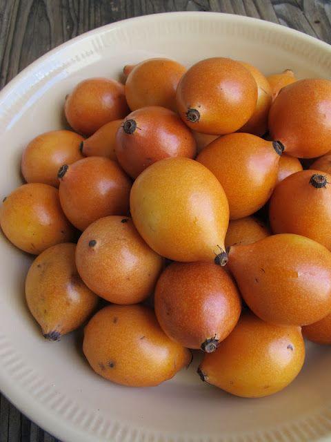 Achacha fruits from Bolivia, they say it tastes like creamy tropical combination of custard apples, lemon, pineapple and banana.