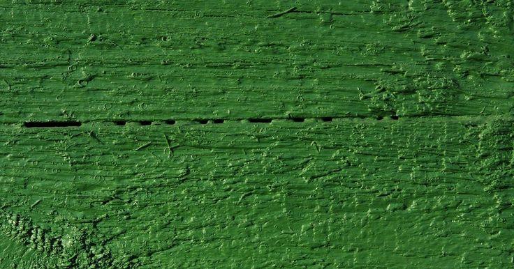Cortinas que combinan con paredes verdes. Verde, el color de la armonía y el crecimiento, es un tono ideal para las habitaciones comunes en tu hogar como la cocina o el estudio, pero también funciona bien en la oficina en casa, ya que el color denota concentración y perseverancia. Si hay ventanas en la habitación que has pintado de verde, las cortinas en los colores y materiales ideales ...