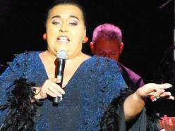 Falete presenta Sin censura en el teatro La Latina por www.chalaura.com