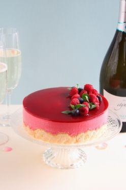 ラズベリームースケーキ