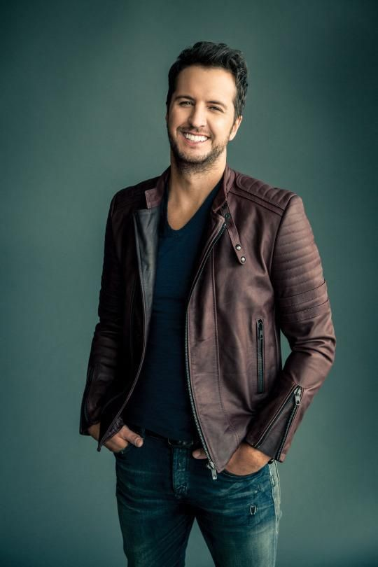 "Singer and songwriter Luke Bryan's fifth album, ""Kill The Lights,"" is dropping Friday, and we caught up with the country heartthrob about some of his favorite restaurants to check out while he's on tour, and what he likes to cook when he's got some downtime at home."