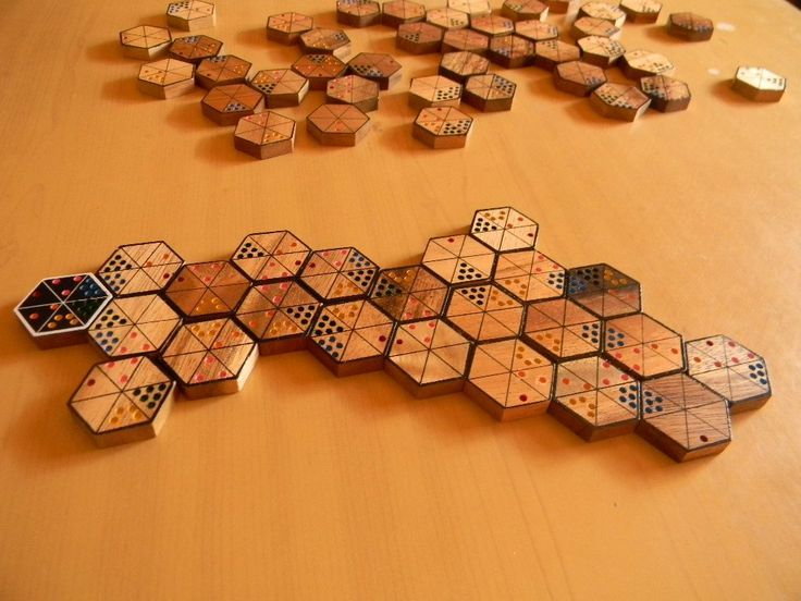 Juegos de mesa abstractos EN MADERA Tabletop Games, Board Games, Cube, 3d Printing, Woodworking, Diy Crafts, Etsy, Cool Stuff, Projects