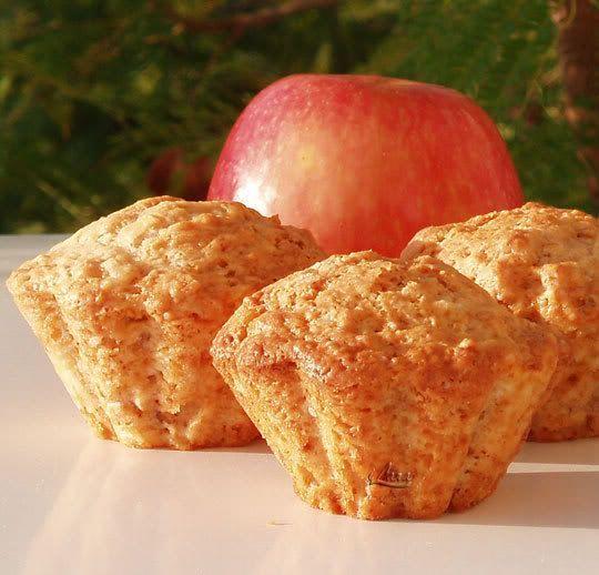 Muffin de manzana con nueces y canela