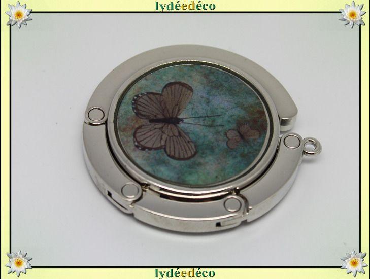 Accroche sac retro Papillons vert et brun en resine sur metal argent : Autres accessoires par lydeedeco