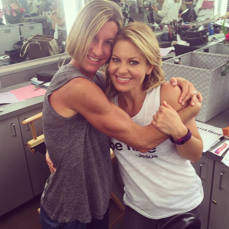 9 Best Sculpting Moves From Candace Cameron Bure's Trainer
