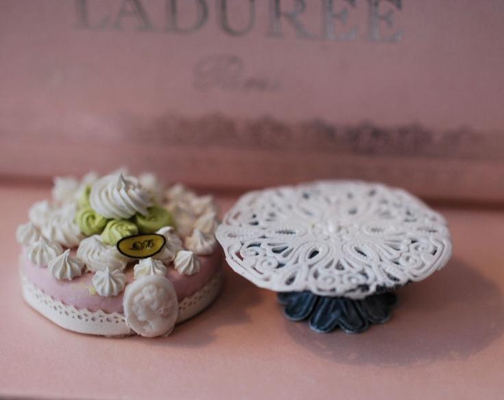 Christel Jensen: miniature Cake doily tutorial