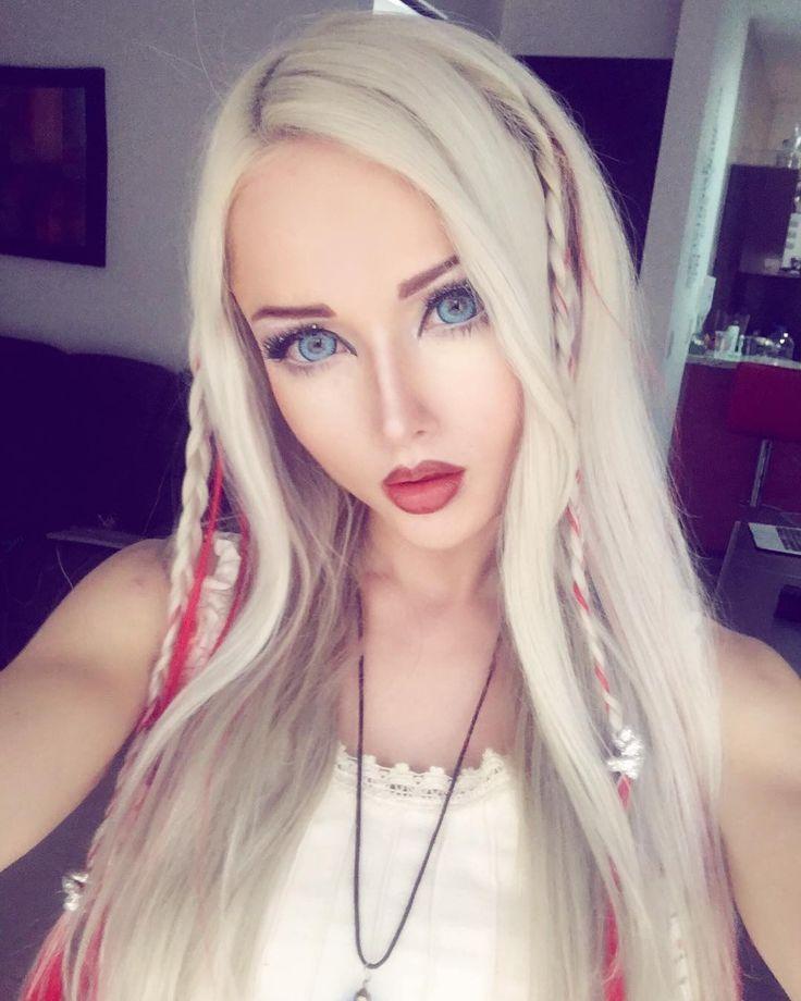 3,313 Me gusta, 75 comentarios - Valeria Lukyanova