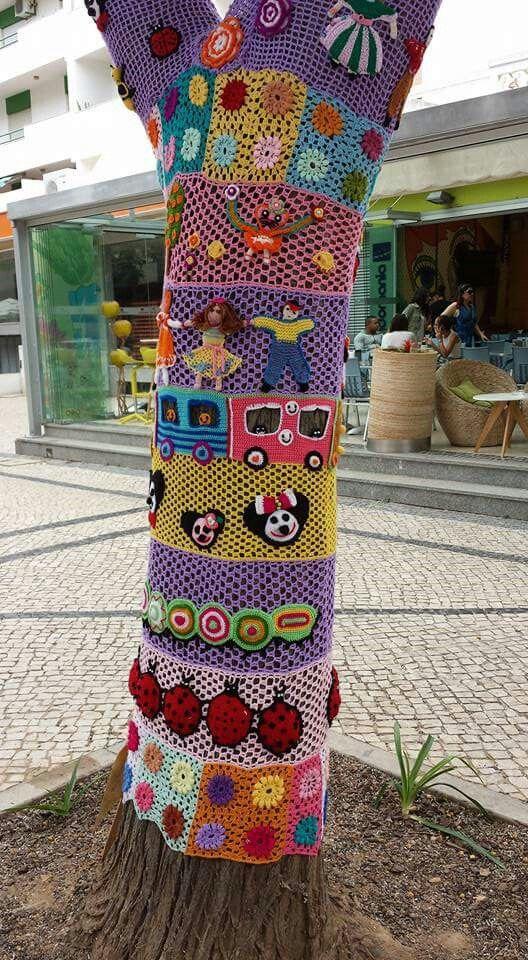 805 best Ярнбомбинг images on Pinterest   Yarn bombing, Fiber and ...