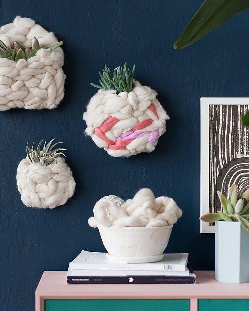 Cómo hacer bolsas tejidas para pared