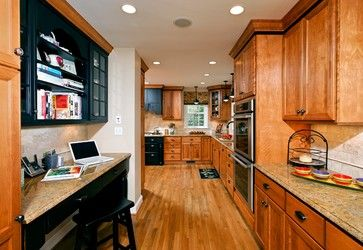 Pictures Of Kitchens With Golden Oak Cabinets Oak Cabinets Kitchen Design Design Ideas