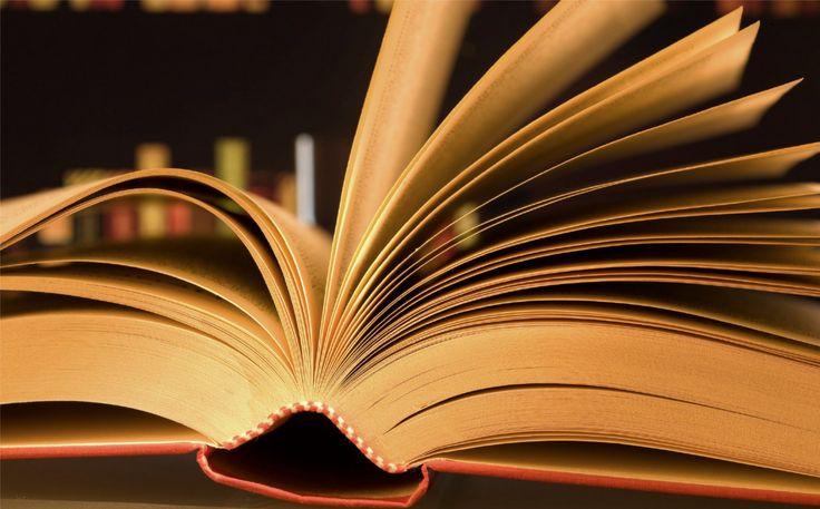 Παρουσίαση βιβλίου του Νίκου Ψιλάκη: Δυό φεγγάρια δρόμο - http://www.digitalcrete.gr/news/hristougenniatiko-pazari-dimotikou-sholeiou-kai-nipiagogeiou-staurakion-72728.html