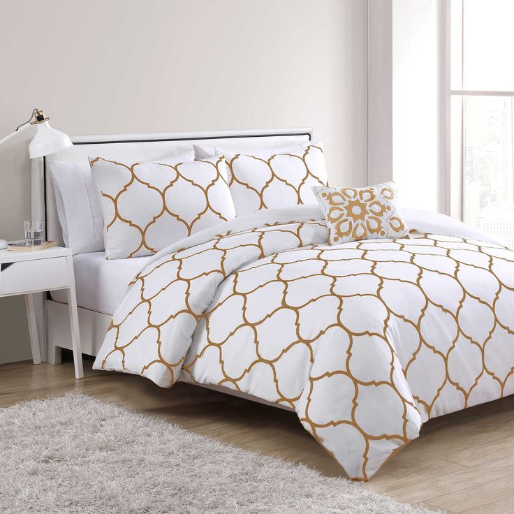 vcny ogee 4 piece full queen comforter set in gold white apartment bedroom ideas pinterest. Black Bedroom Furniture Sets. Home Design Ideas
