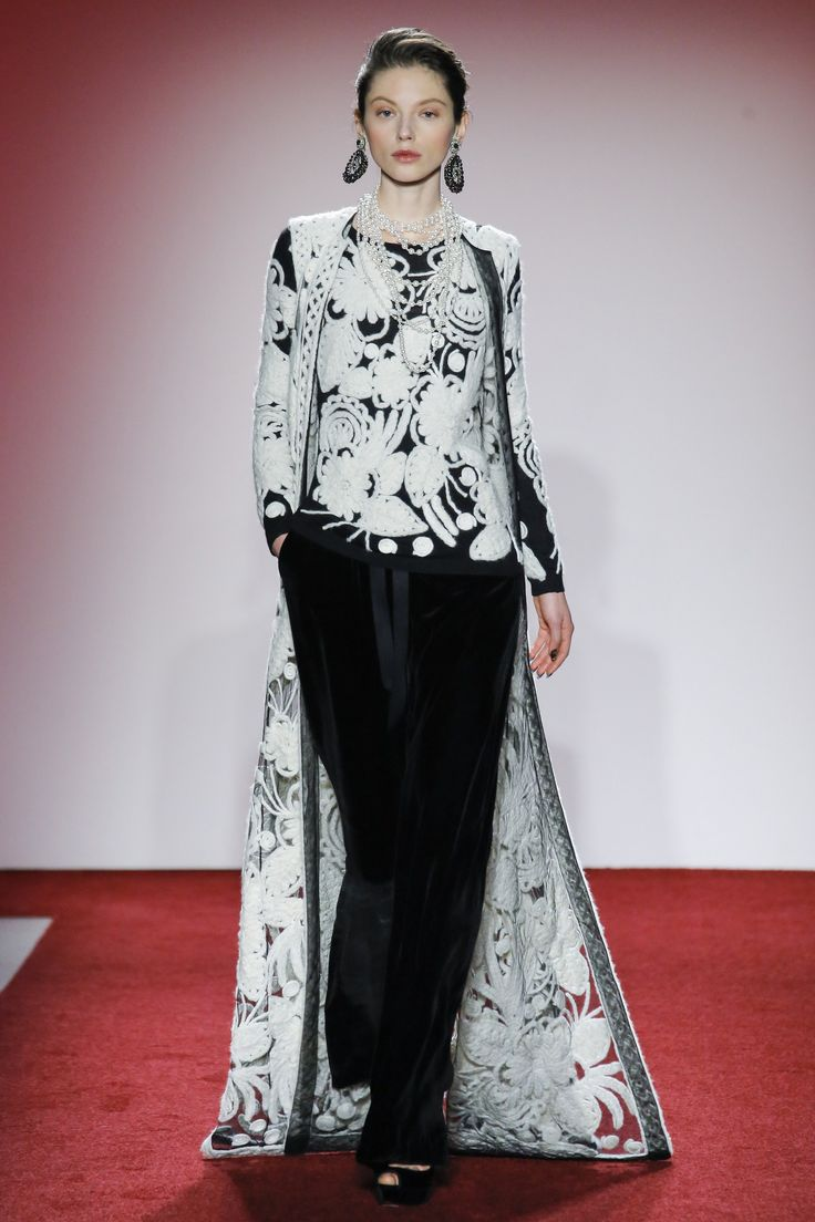 Naeem Khan Fall 2017 Ready-to-Wear Collection Photos - Vogue