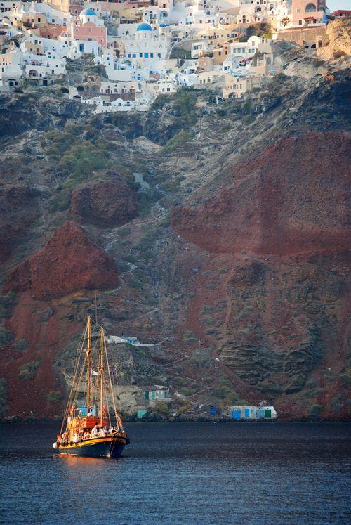 Splendida Santorini dal basso. Greece.