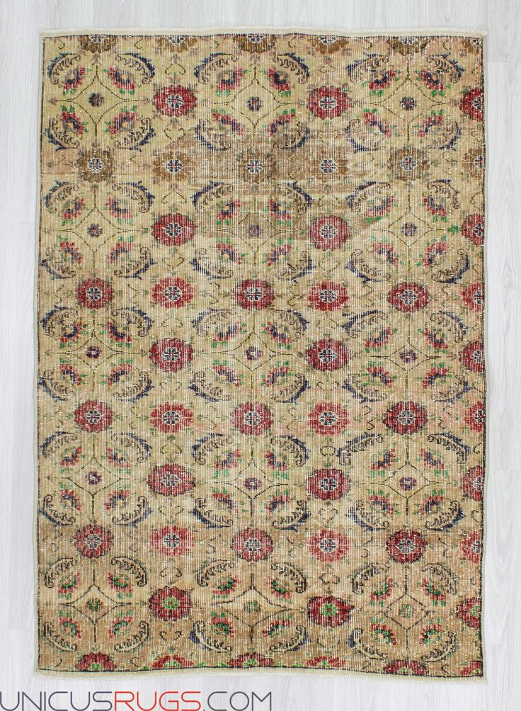"""Vintage art deco rug from Isparta region of Turkey. In good condition. Approximately 50-60 years old. Width: 4' 4"""" - Length: 6' 3"""" Vintage Art Deco Rugs"""