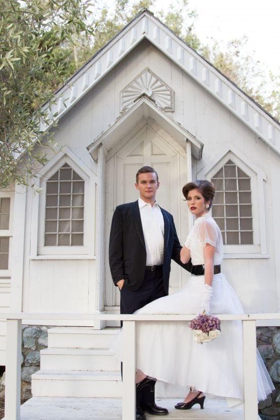 elegant vintage 50's style wedding: White Houses, Diy Bridesmaid Duties, 50 Style, 60S Inspiration, Dresses Ideas, Dresses Design, 50 S Style, 50S, 50 Church Wedding Ideas