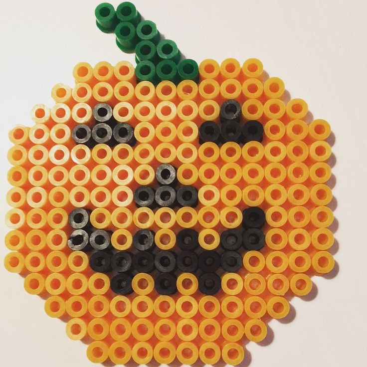 A pumpkin that is easy and fast to make :-) #hama #diy #hamaperler #hamabeads #perlerbeads #halloween #pumpkin