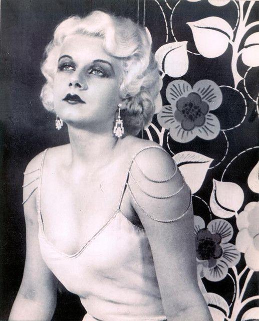 the original blonde beauty queen Jean Harlow 1930