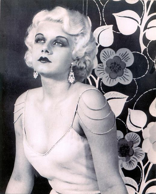 the original blonde beauty queen Jean Harlow 1930