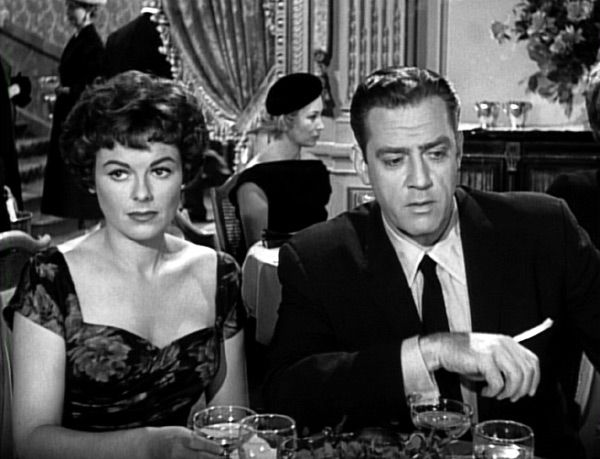 ♥TV♥ 46 PERRY MASON-WITH BARBARA HALE-I wish they would of gotten together on the show