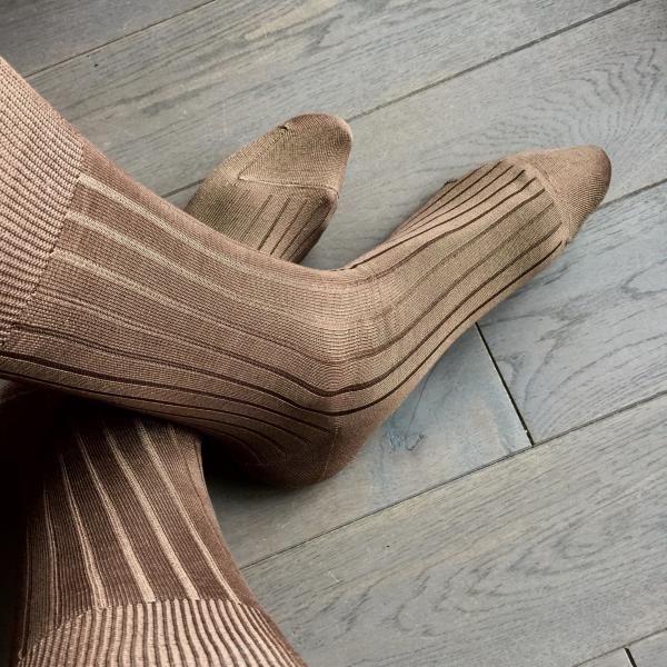 chaussettes 100% fil d'ecosse, remaillage main, renfort talon et pointe