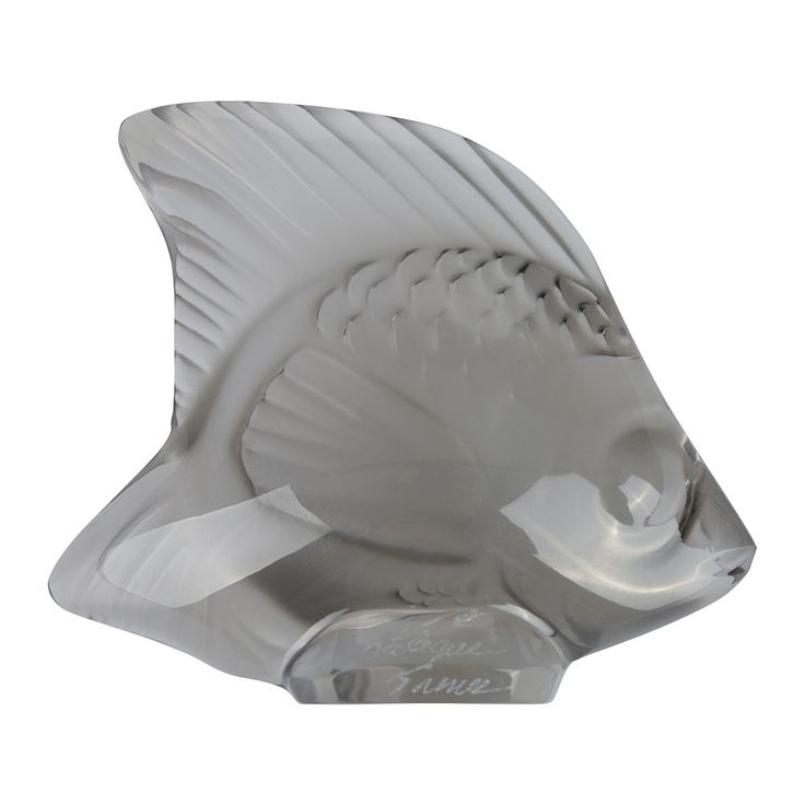 Add traditional style to your home with this fish figure from Lalique. In a chic smoky grey colour, this figurine is crafted from high quality crystal. Available in a wide range of colours and styles,