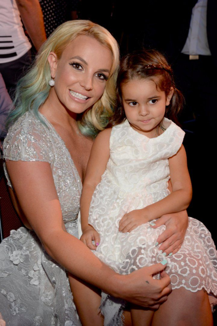 """Pin for Later: Britney Spears and Her Niece Celebrate Madonna's Birthday by Dancing Around to """"Vogue"""""""