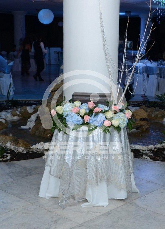 Baúl de Sobres de Madera con decoración floral