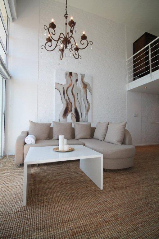 design by Karoline B.  www.facebook.com/karolinebdesign