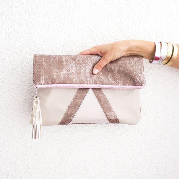 Rosa Pailletten Clutch / pink clutch by gmalou via DaWanda.com