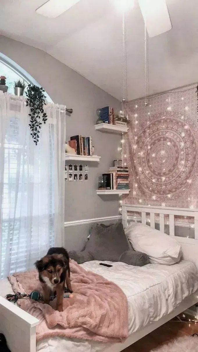81 Creative Teenage Girl Bedroom Decor Models 10 Apartment Bedroom Design Small Apartment Bedrooms Bedroom Makeover Fun bedroom decorating ideas