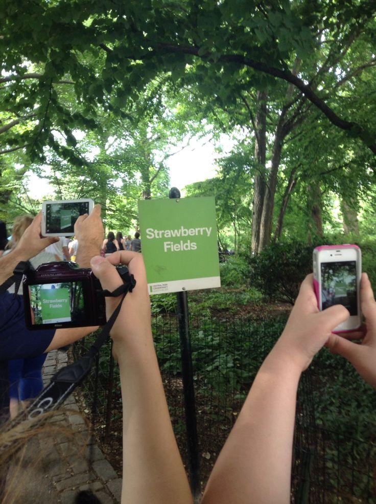 Strawberry Field #NYC #centralpark ©ArianeRobichaud