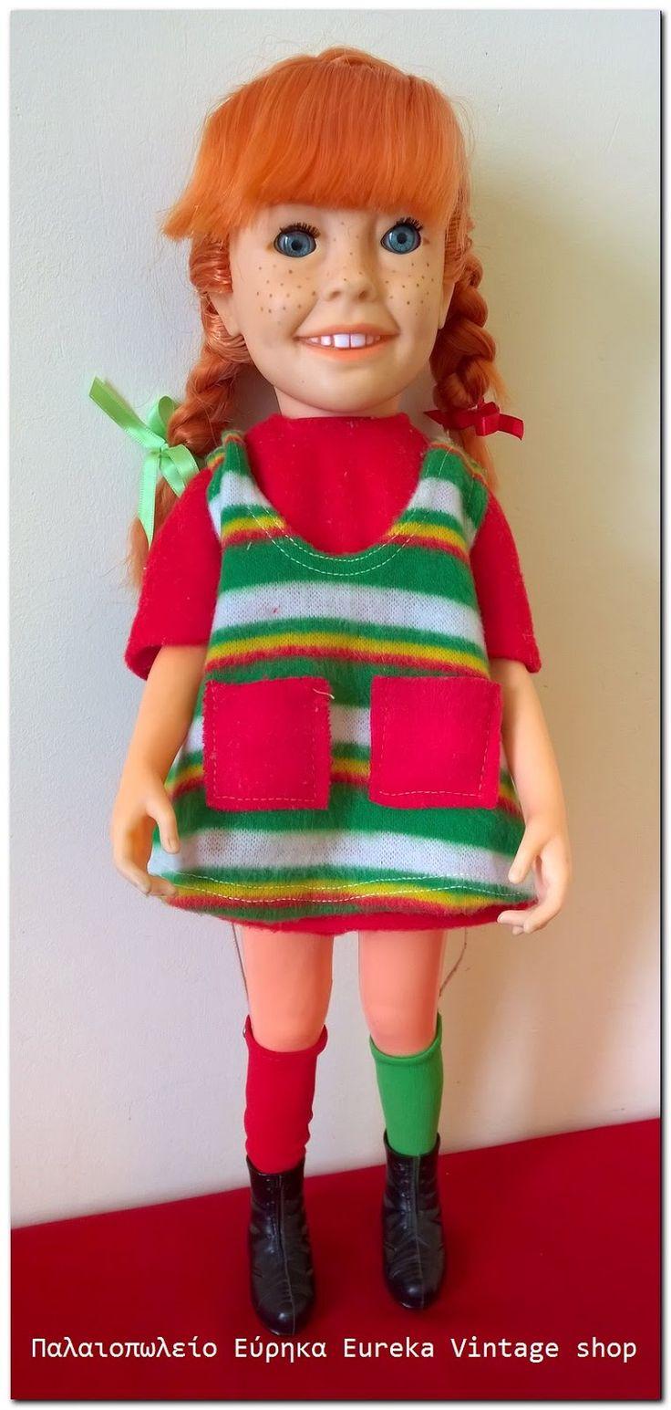 Κούκλα Πίπη Φακιδομύτη από την ελληνική εταιρία LYRA. Είναι σε πολύ καλή σχεδόν άριστη κατάσταση έτοιμη για την συλλογή σας. Έχει ύψος 45εκ