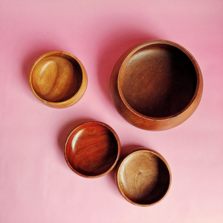Looking for an instant collection of mid century kitchen ware?! These wood serving bowls are an eclectic joy! $36 for all four!