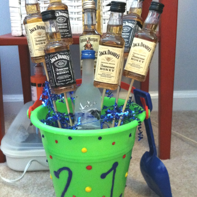 The 25 best Guys 21st birthday ideas on Pinterest 21st birthday