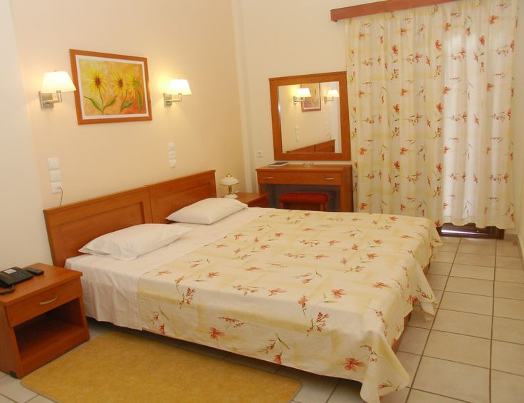 Double room in hotel Kronio - HotelsOlympia.gr