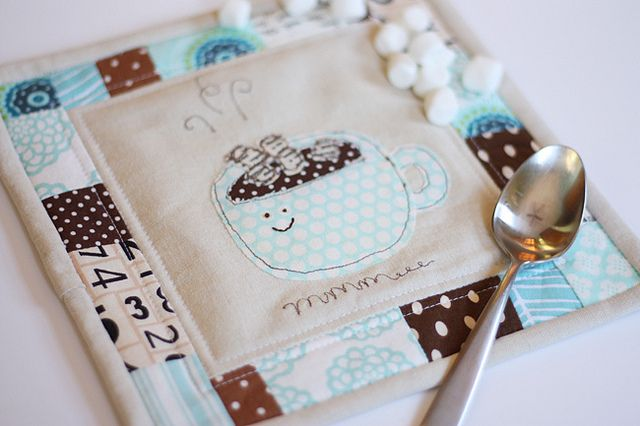 Mug rug -- would be a cute accompaniment to hot chocolate on a stick #mugrug #cocoa #hotchocolate