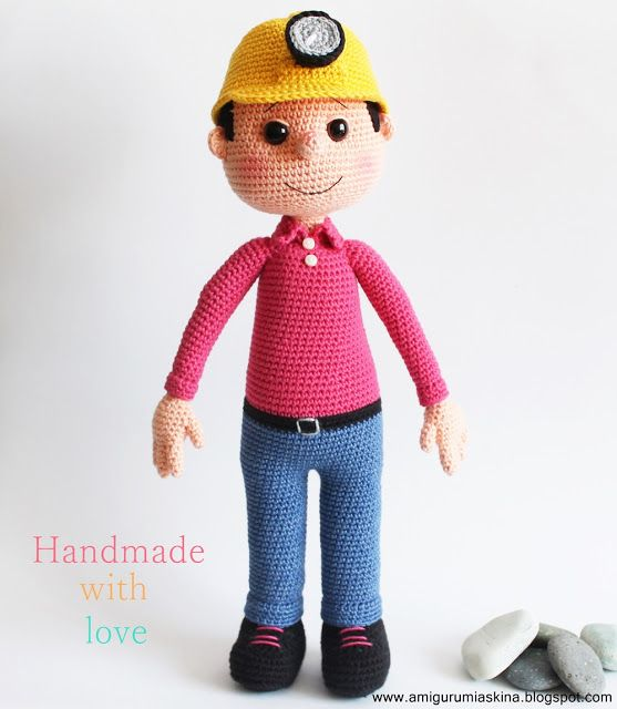 Amigurumi mining engineer