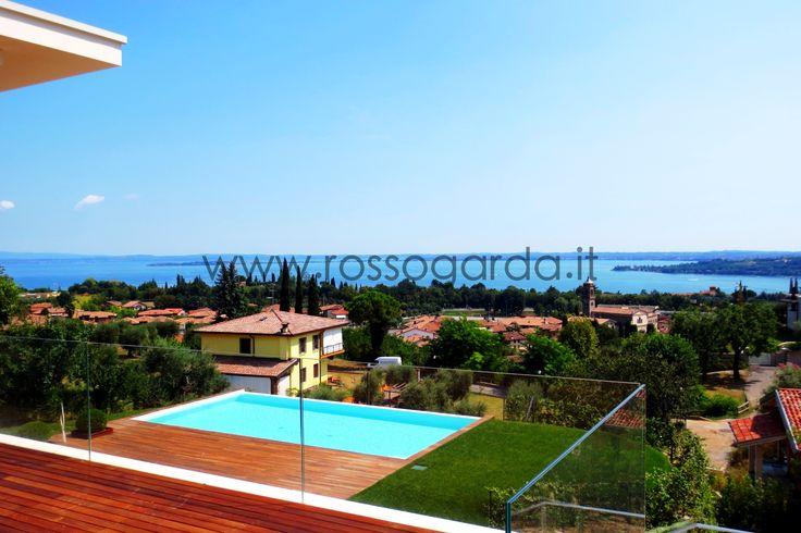 L'agenzia immobiliare #RossoGarda vende e affitta splendide case a Desenzano del Garda. Tutte le proposte immobiliari per Desenzano del Garda www.rossogarda.it/elenco/in_Vendita/Residenziale/tutte_le_tipologie/Desenzano_del_Garda/?idc=4039