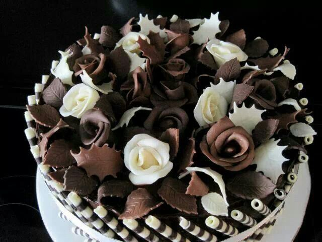 Chocolate rose cake | Food - Decadent Desserts and other ...