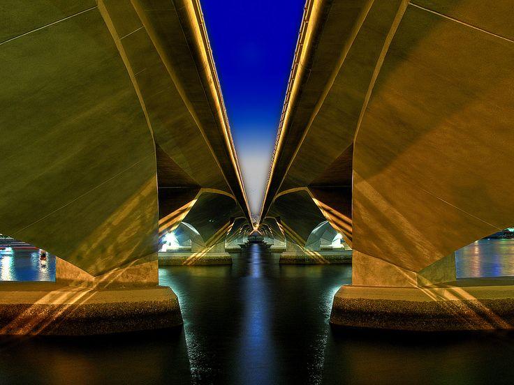 Výsledek obrázku pro singapore bridge