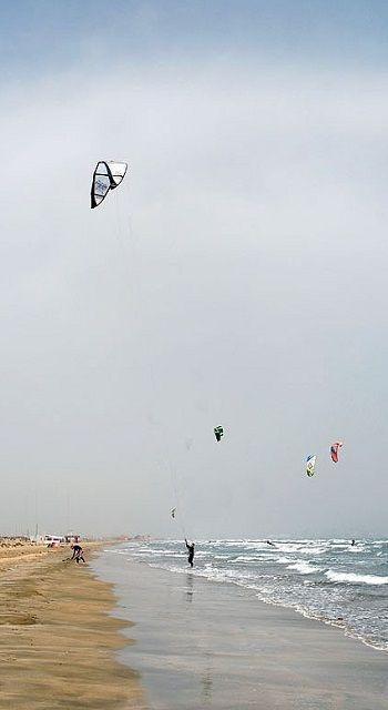 kite surfing.. Akrotiri, Limassol, Cyprus (by poseidon_simons on Flickr)